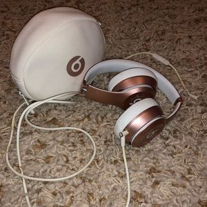Rose Gold Beats by Dr. Dre